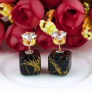 ⚜️[𝟯/$𝟭𝟴]⚜️Crystal Marble Simple Earrings NEW